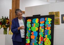 Guest speaker artist Susan Sasnett describing her process